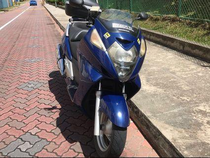 Honda SilverWing 400 Blue 2024