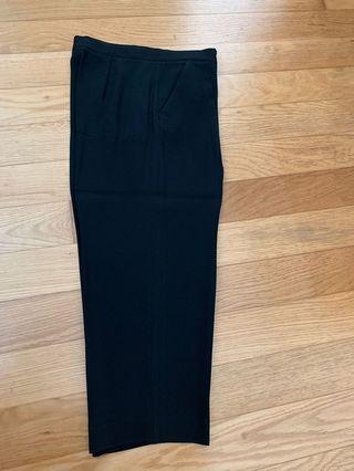 🚚 DKNY relax pants (3/4 length)