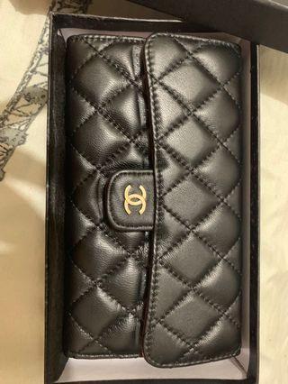 Chanel lambskin wallet overuns