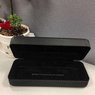 🚚 OWNDAYS 硬殼 眼鏡盒(附眼鏡布)