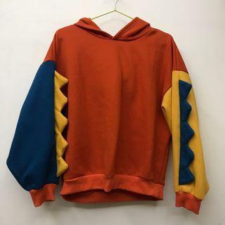 🚚 🔴橘色帽T/小恐龍/恐龍裝/帽T/俏皮