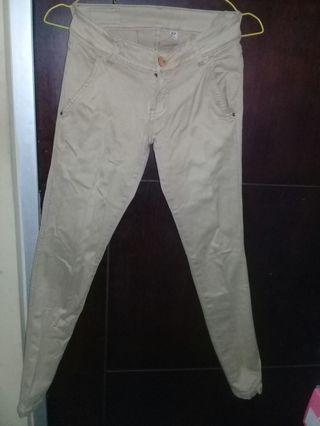 Celana Jeans cream
