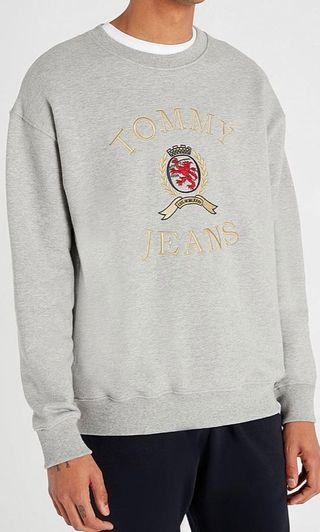 Tommy Jeans Crest Collection Flag Grey Crew Neck Sweatshirt