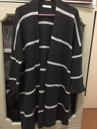 Knitted long coat jacket