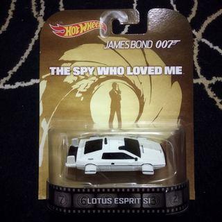 Hotwheels James Bond Lotus Retro