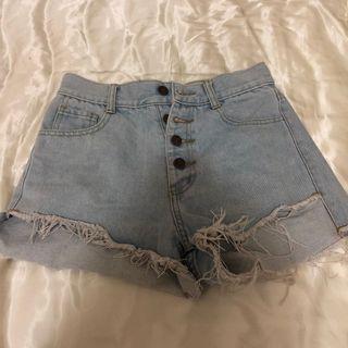 🚚 辣妹短褲