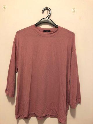 紫色7分袖上衣
