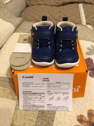 🚚 Combi學步鞋12.5cm