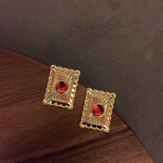🚚 歐美復古風格方形古著寶石大耳環