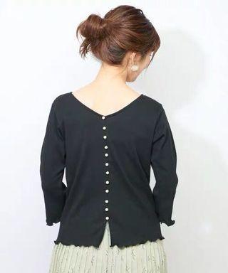 🉑️兩穿two-way💕日系Nc💕珍珠V領羅紋tee恤 Japan fashion two way top 2way top vneck pearl detail ruffle top ruffled teeshirt top