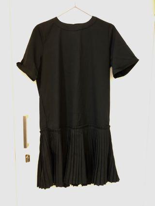 韓款黑色百摺連身裙🖤 Korean style black dress