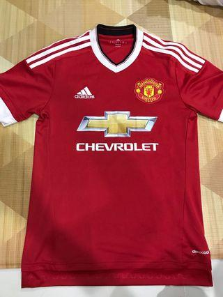 37a0079b7 Manchester United Jersey