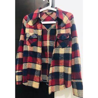 🚚 格紋襯衫 可單穿外搭 或內搭於毛衣