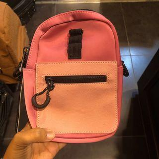 Typo Crossbody Bag (Pink)