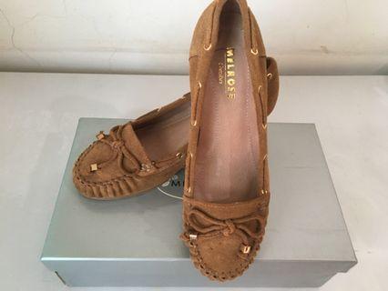 🚚 [MELROSE] 全新 麂皮 楔型鞋(35號)