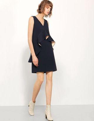 🚚 Saturday Club Dress v neck frills