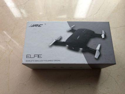 全球最細手提遙控飛機 ELFIE