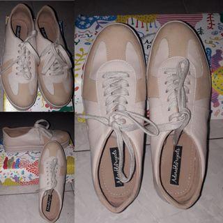 Sepatu Adorable Project