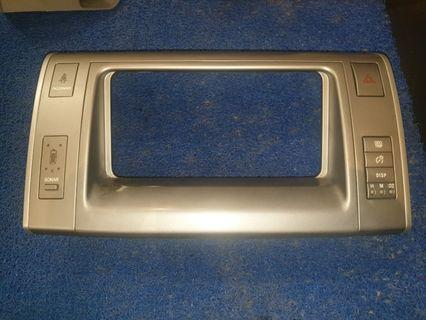 Toyota Estima ACR50 High Spec Panel with Sonar detection. Display Panel and Audio headunit Panel included
