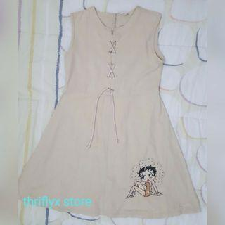 Sleeve-less Dress with Betty Patch