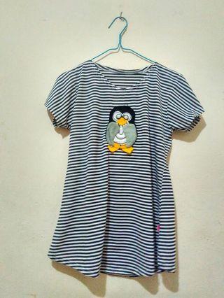 Penguin strip top