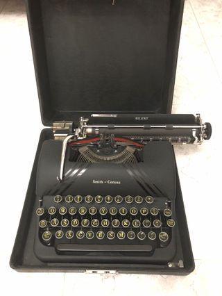 Smith Corona 1930' silent typewriter #ENDGAMEYourExcess