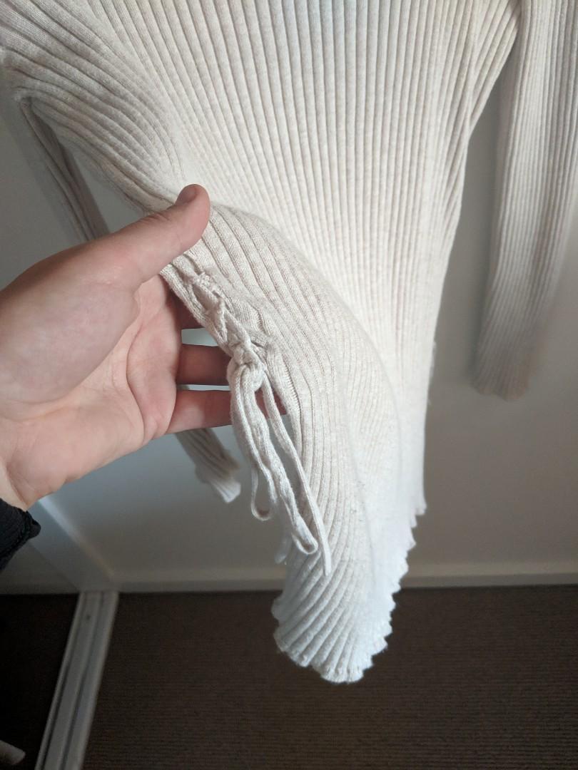 Bec and Bridge Deep V Knit