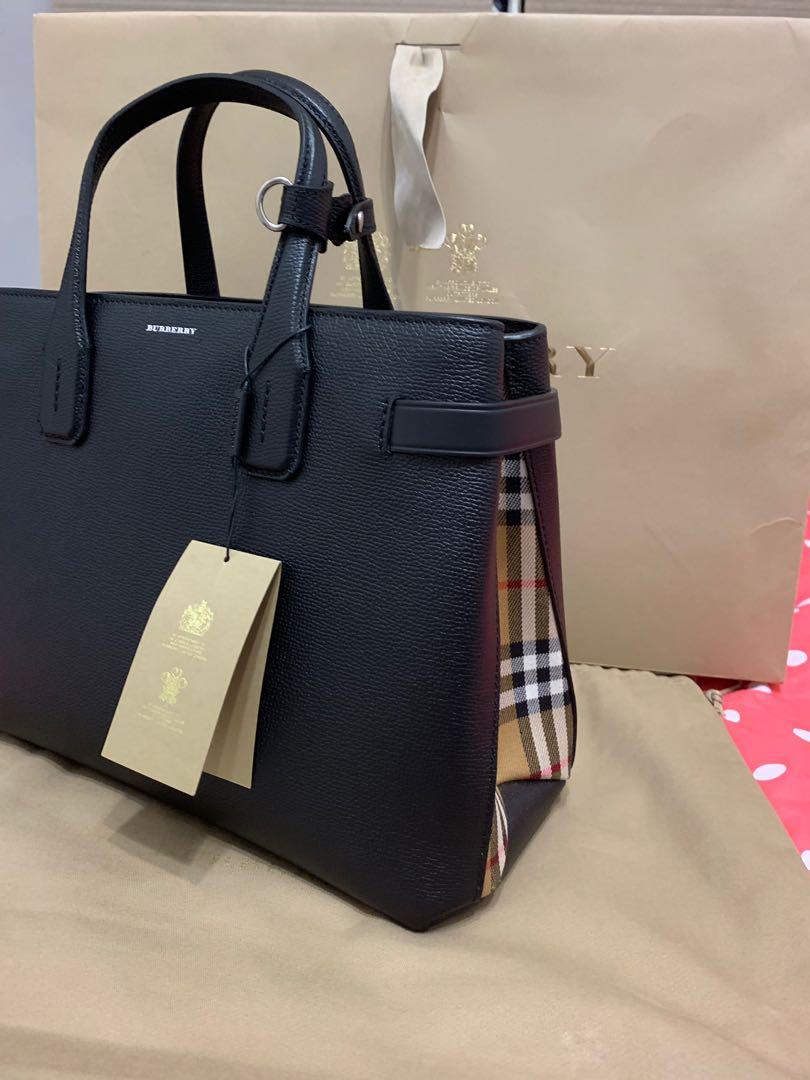 9b408e1c39c Burberry Medium Banner Authentic Bag, Women's Fashion, Bags ...