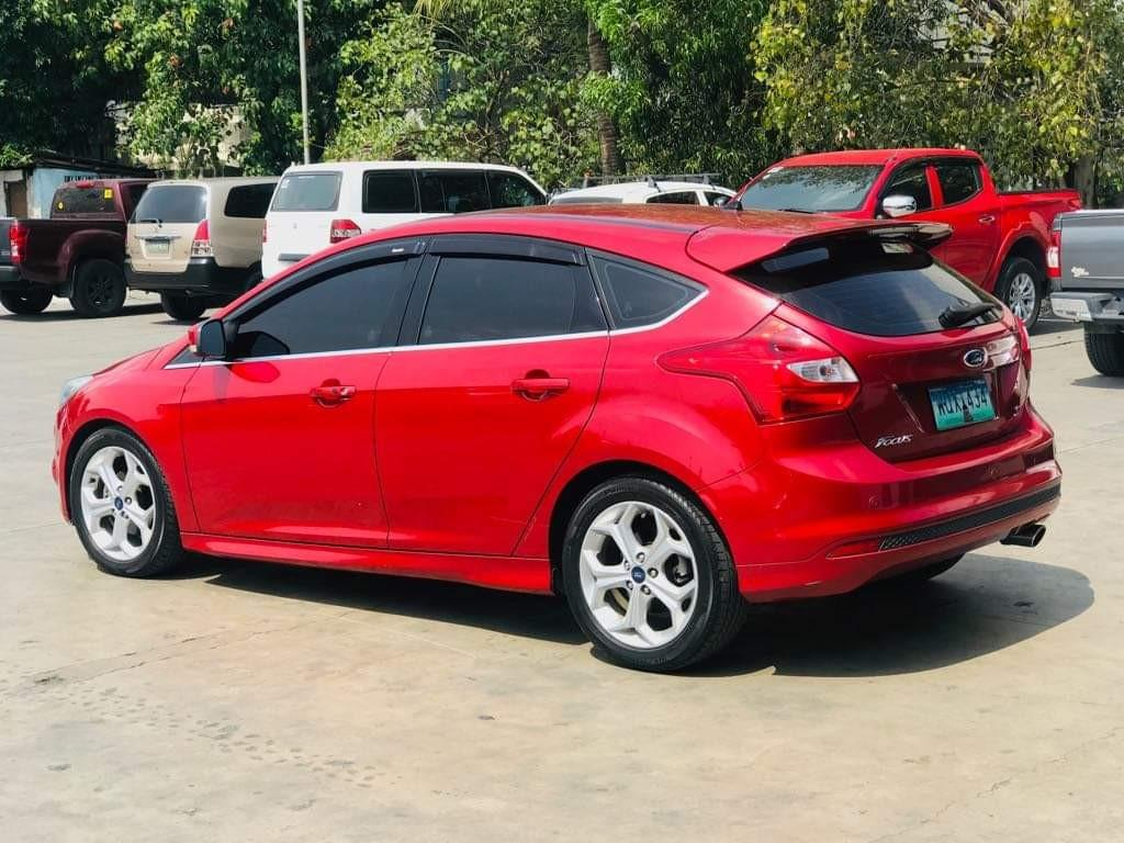 Hot Summer Sale 2013 Ford Focus Hatchback 2.0 S A/T Gas only P10T monthly at 30% DP