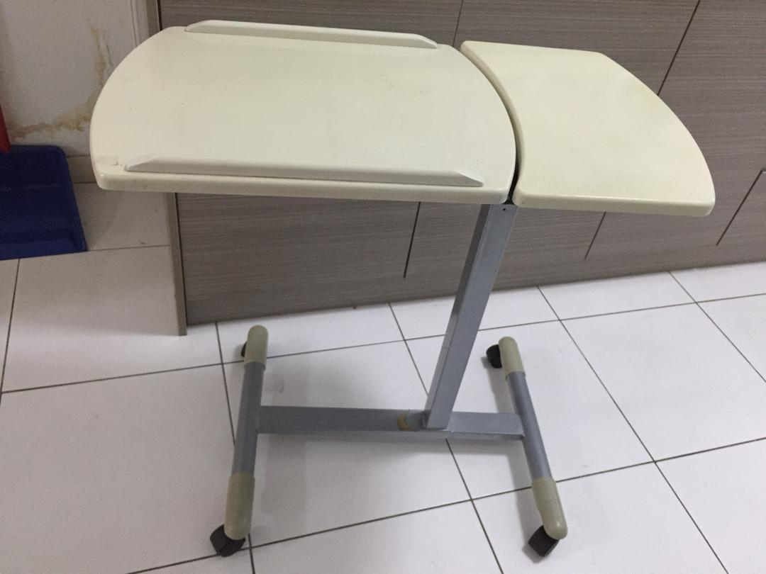 Laptop or drawing table