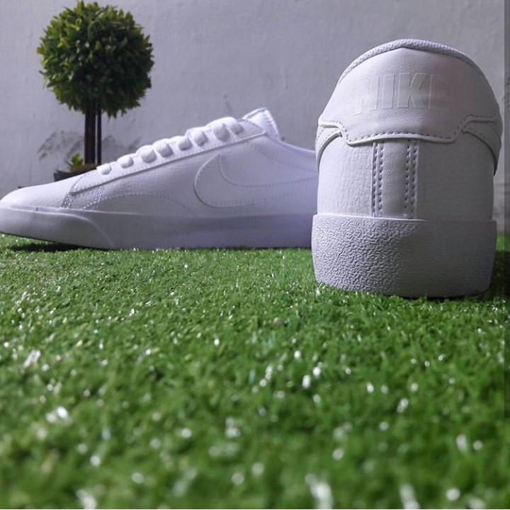 Nike Tennis 42.5