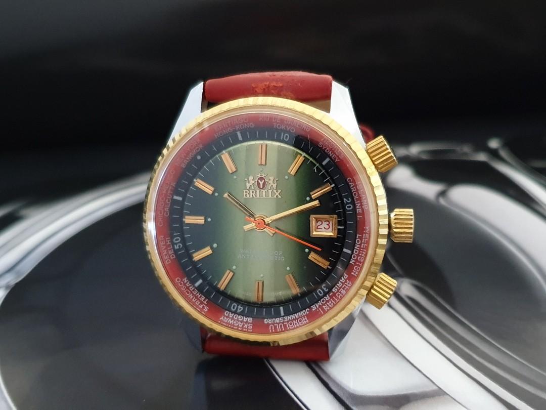 Rare vintage 1970s wind up huge men 42mm rotating internal bezels for worldtime n divetime unworn retro watch