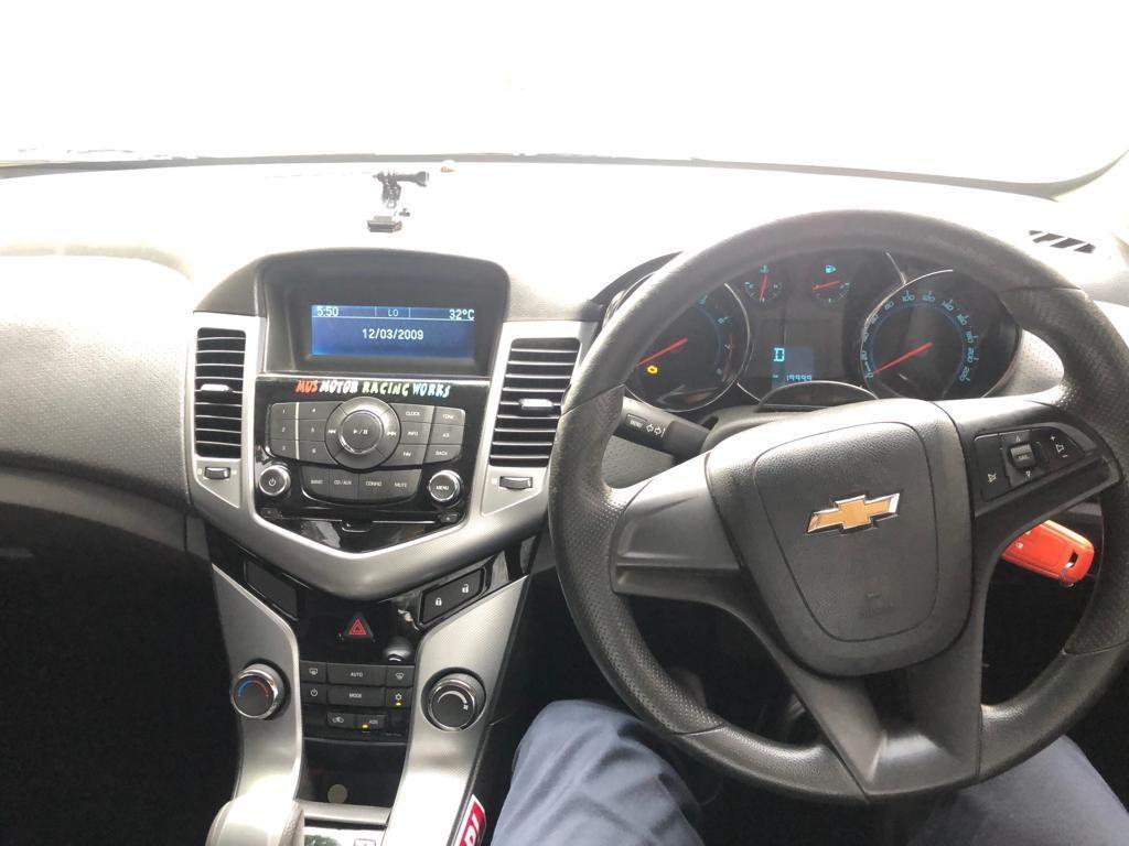 SEWA BELI>>Chevrolet Cruze 1.8  2010/2011