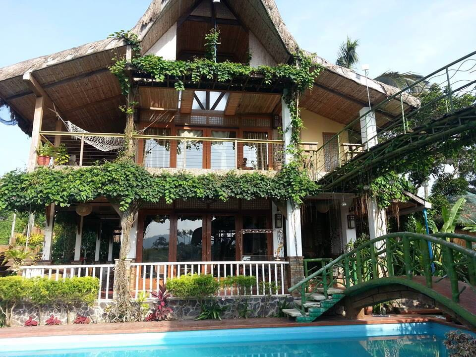 TAGAYTAY CITY GETAWAY RESTHOUSE FOR RENT : STAYCATION AT SOFIA'S NEST  PRIVATE RESORT Good for 40 Pax