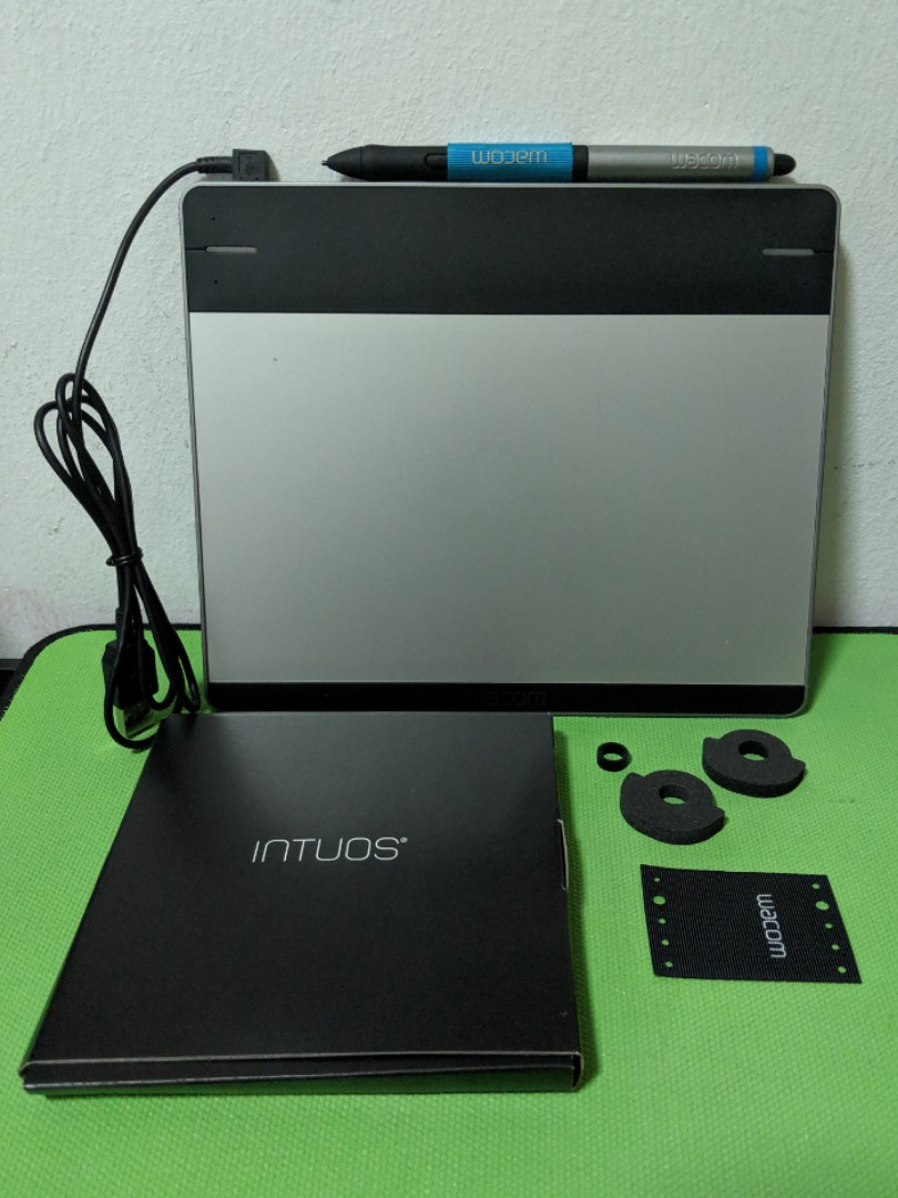 Wacom Intuos CTH-480 Pen & Touch (Small)