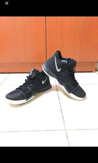 全新/正品 Nike Kyrie irving 籃球鞋