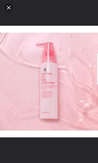 Wishtrend Acid-duo 2% Mild Gel Cleanser