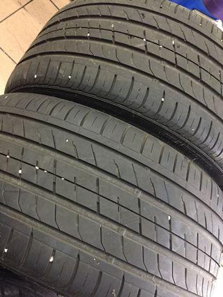 275 30 19 korea use tyre Condition 90%
