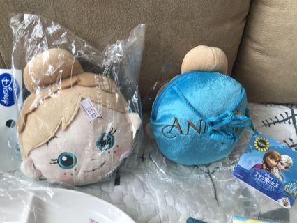 全新frozen 可愛側背包( 可清洗)特價$78