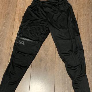Under Armour MK1 Lightweight Tapered Pants(Under Armour 男裝黑色運動長褲)