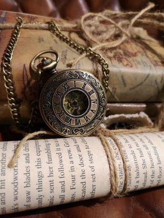 🚚 bronze winding Pocket skeleton Watch