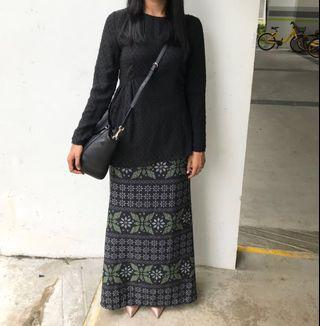 Poplook black textured runched side kurung set size M