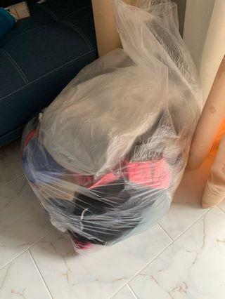 🚚 Bundle of clothes