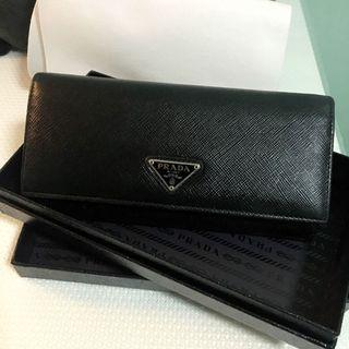 26ad5952d2ae8e card holder with zipper | Luxury | Carousell Singapore