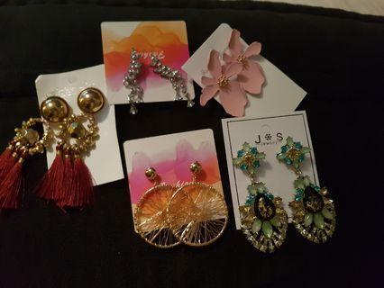 5 set Earrings