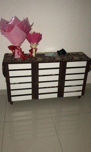 Cabinet for shoes