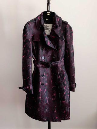 真品Burberry超美限量色風衣外套