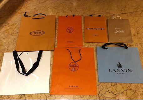 Paperbag branded Authentic!