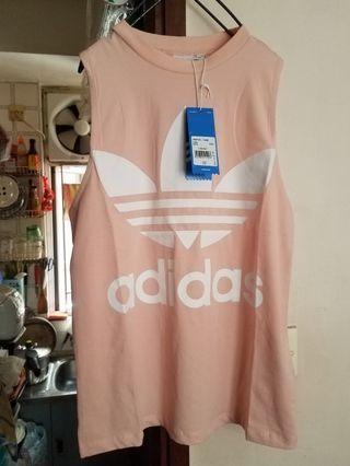 全新 粉色adidas有領背心