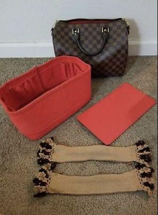 Authentic Louis vuittons handbags speedy 30 bandouliere in excellent condition